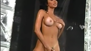 Anna Malle in the shower