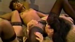 Classic Angel Kelly- eating the maid's pussy