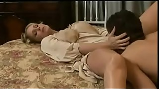 Vintage Horny Milf mom fuck by Young Son ( Full videos https://goo.gl/Bph1P7 )
