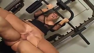 Vintage Vicky Vette Anal In The Gym