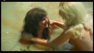 Classic Catfights-Nude Beach Struggle