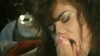 Simona dream that her puppet comes to life for satisfy her sex desire