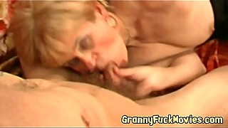 Filthy hairy granny Elisabete