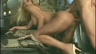 Blonde tranny gets dick in her ass