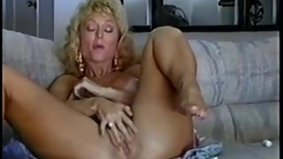 FOLLADA RETRO A NINA HARTLEY